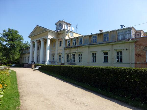 Casa señorial de Krimulda en el parque nacional de gauja