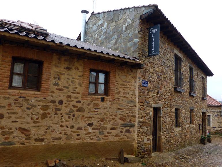 fachada casa coscolo