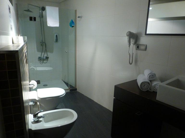 baño del apartamento de valenciaflats
