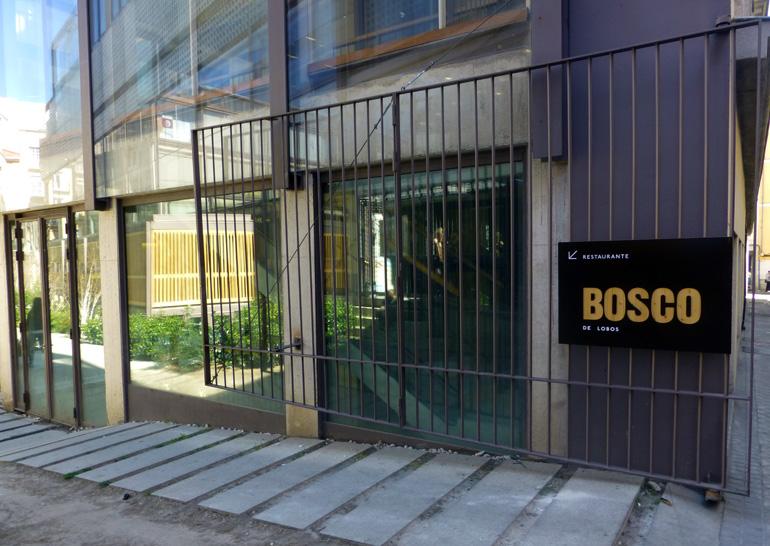 Entrada del restaurante Bosco de Lobos