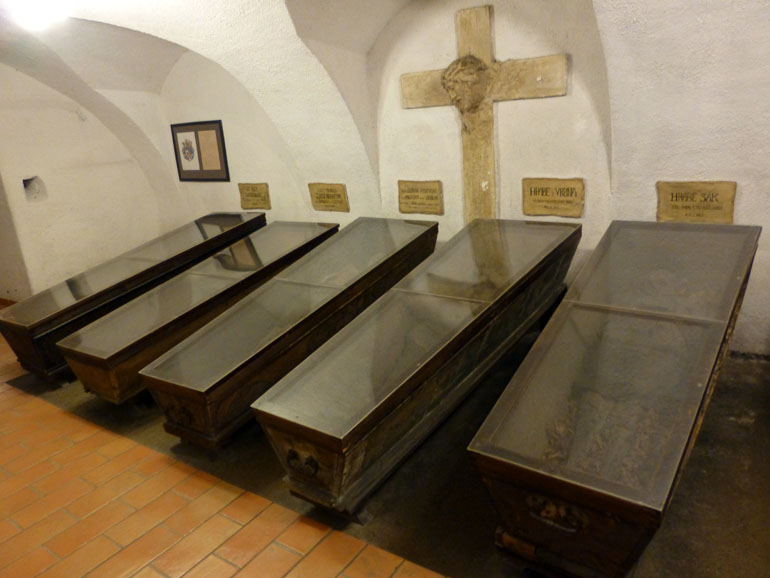 Cripta-del monasterio-capuchino-brno