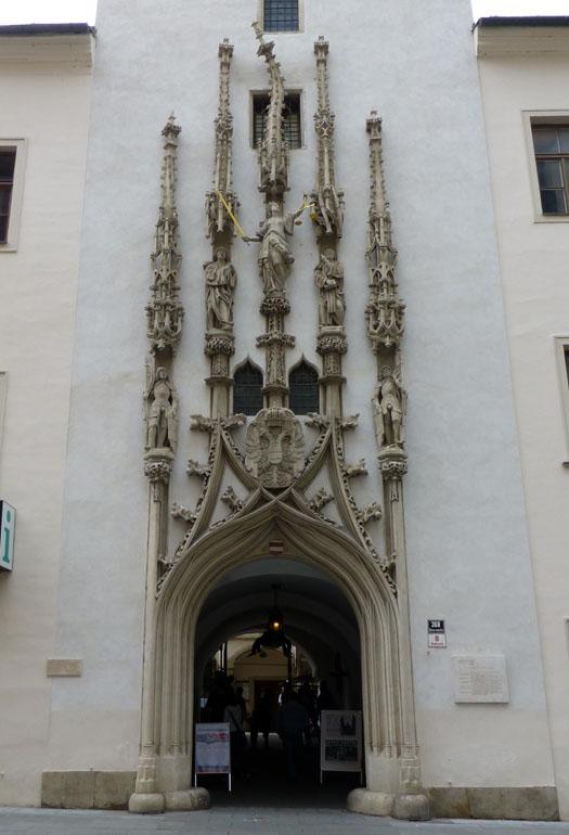 antiguo-ayuntamiento-brno