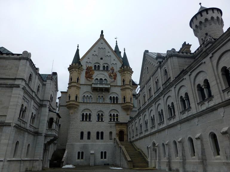 patio-interior-castillo-Neuschwanstein