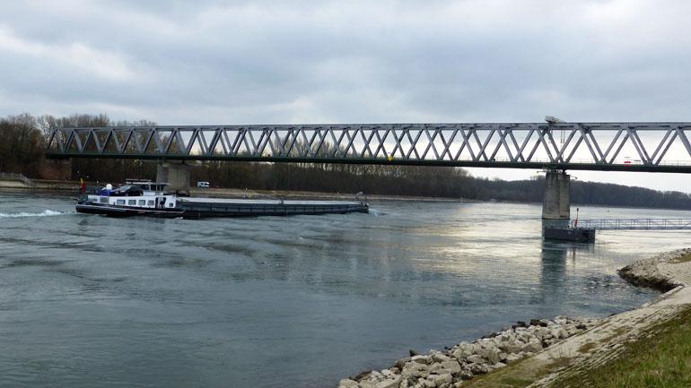 Río Rin en Germersheim
