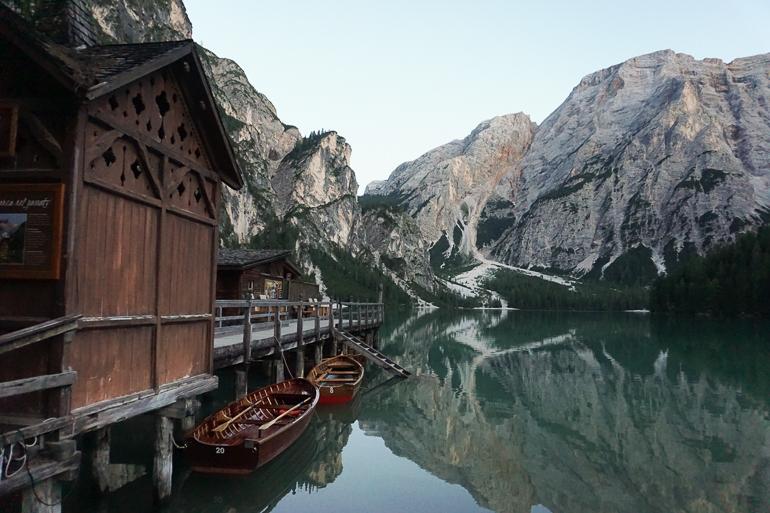lago-di-braies-lugares-imprescindibles-austria-dolomitas