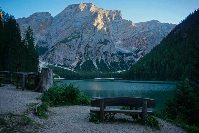 Zona de descanso Lago di Braies