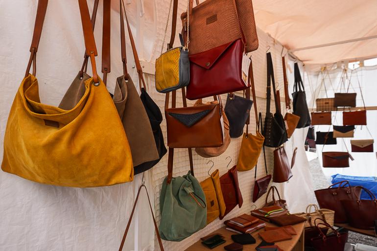 bolsos-mercado-las-dalias-fin-de-semana-en-ibiza