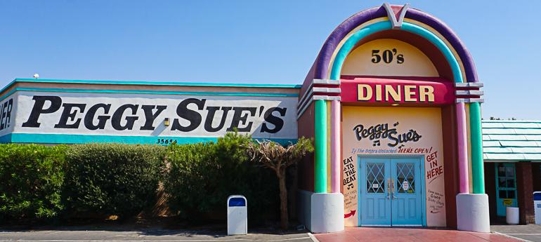 Fachada del Diner Peggy Sue's