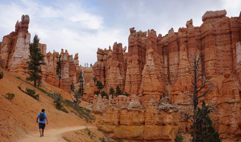 recorriendo bryce canyon