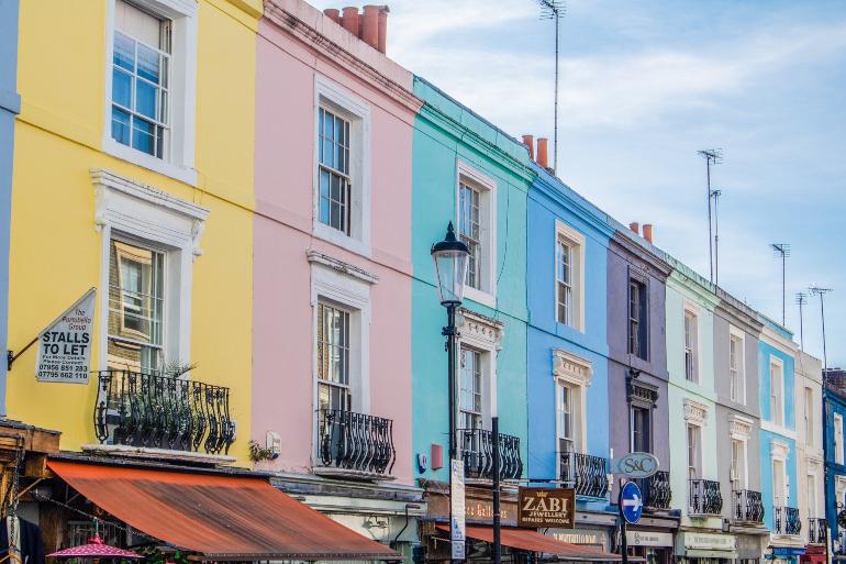 fachadas coloridas de londres