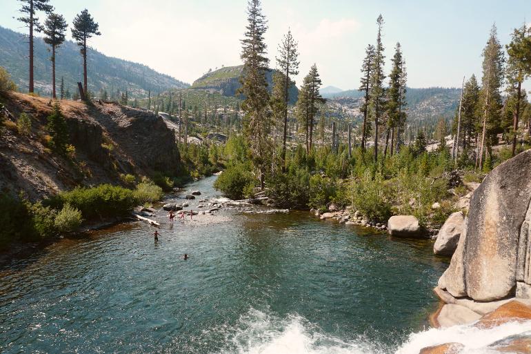 Low Falls en Mammoth Lakes