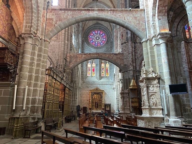 interior catedral de avila