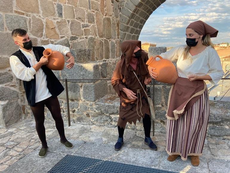 visita teatralizada en la muralla de ávila