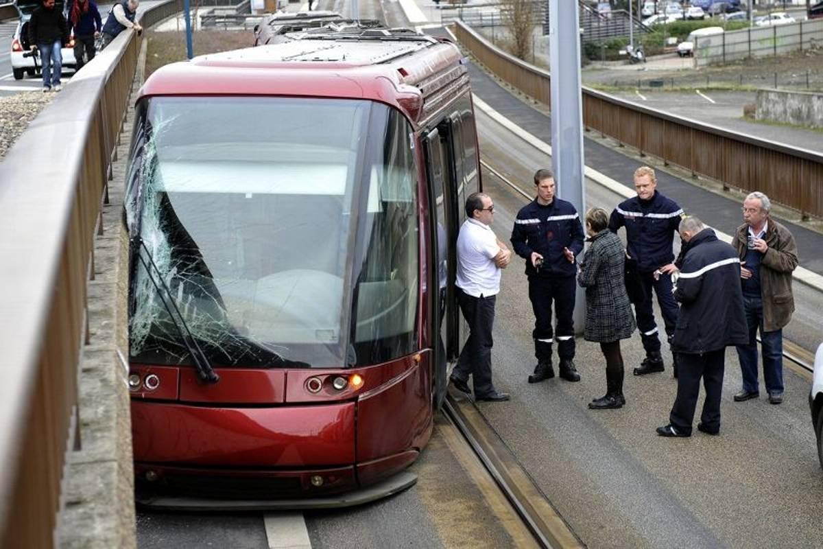 Arret De Tram Piscine Olympique Dijon