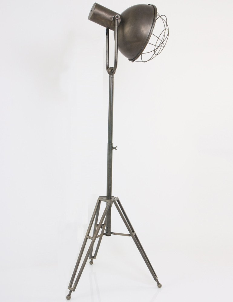 Lampadaire style industriel LightLiving  Lampesenlignefr