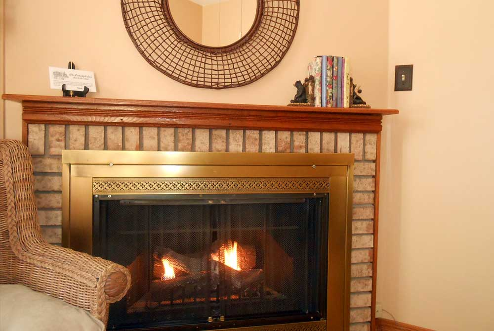 evergreen-fireplace