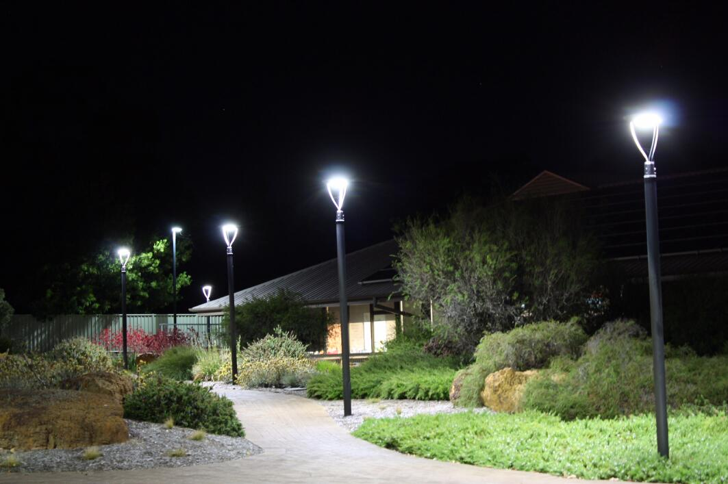 60W DLC IECEE LED Post Top Light outdoor Park Pathway