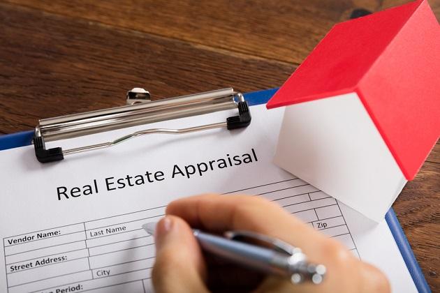 QA How Do Real Estate Appraisers Determine a Propertys