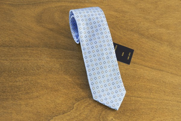 Cravatta fantasia fondo celeste mod. 140