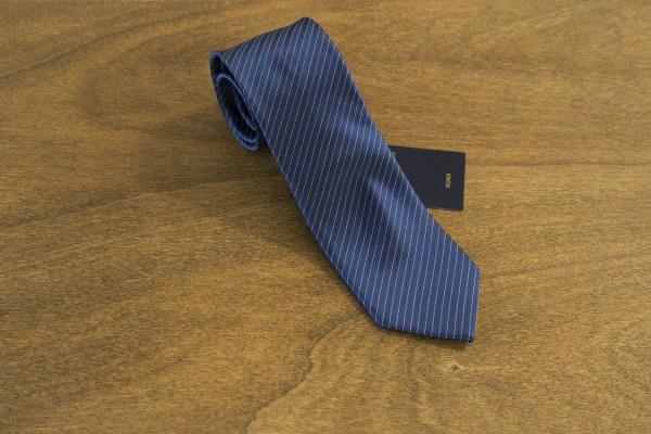 Cravatta a righe fondo blu mod. 187