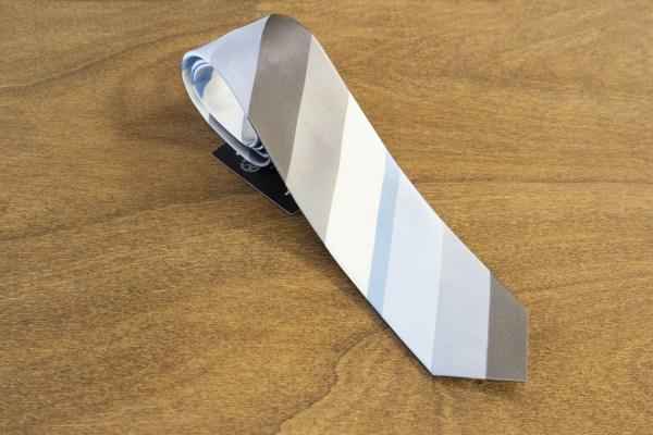 Cravatta a righe fondo grigio mod. 289