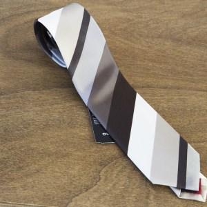 Cravatta a righe fondo marrone mod. 290