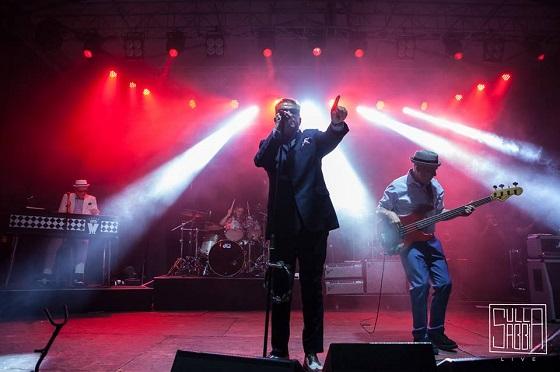 Madness in Italia, la band al completo durante il live