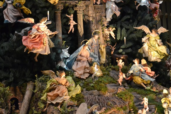 Child Born Nativity Sets Good