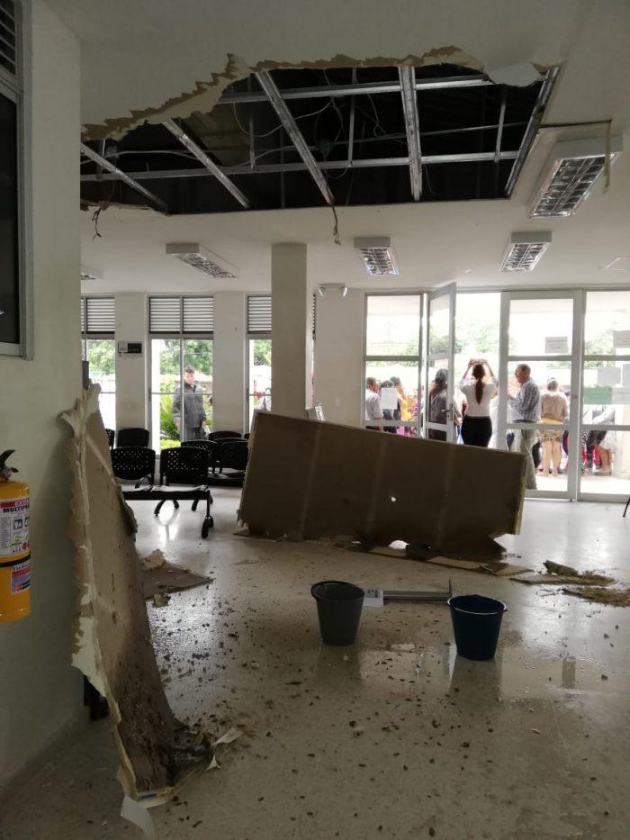Se desplomó el techo en el Centro de Atención a Víctimas 2 8 abril, 2020