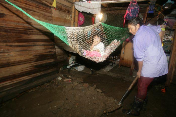 Nueva Esperanza: sin casas, entre el lodo y el olvido 4 3 abril, 2020