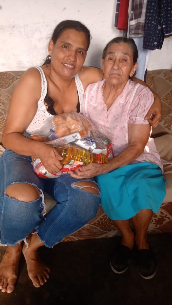 Muchas familias han sido beneficiadas por parte de la Fundación Corazones Limpios.