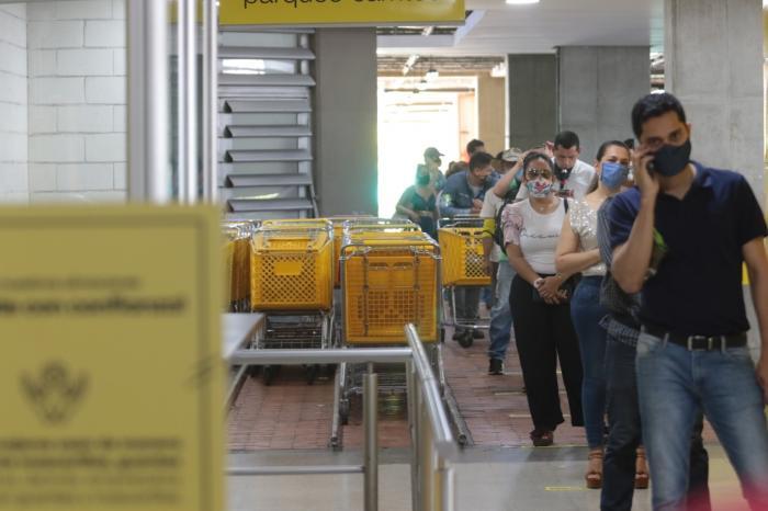En día sin IVA, disminuyeron ventas en Huila 2 10 agosto, 2020