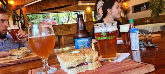 Beerkingo's ofreció un maridaje con sus estilos, los cuales son muy aceptados en la zona y en otras ciudades.FOTO:GENTILEZA