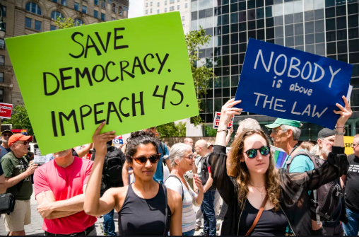 Majority of Congress and America now want impeachment inquiry