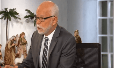 Ex-con televangelist Jim Bakker says the U.S. won't 'be worth living in' if Trump is impeached