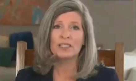Joni Ernst displays her hypocrisy 'critiquing' Trump's coronavirus response
