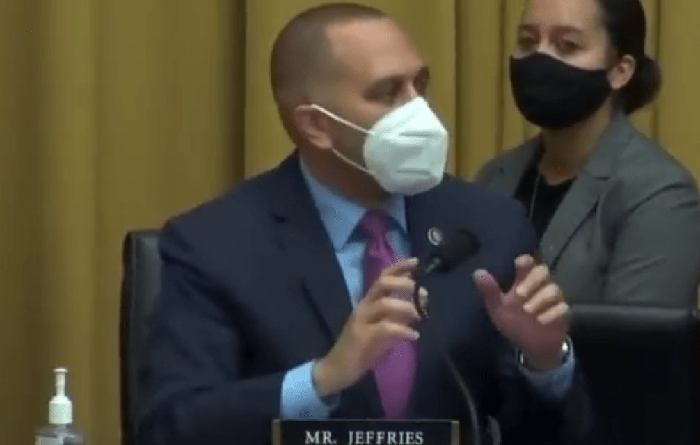 Democratic Rep. Hakeem Jeffries puts House Republican in his place for lecturing about patriotism