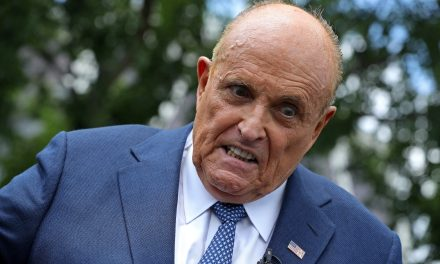 Giuliani denies he has a drinking problem – In a way that suggests he has a drinking problem