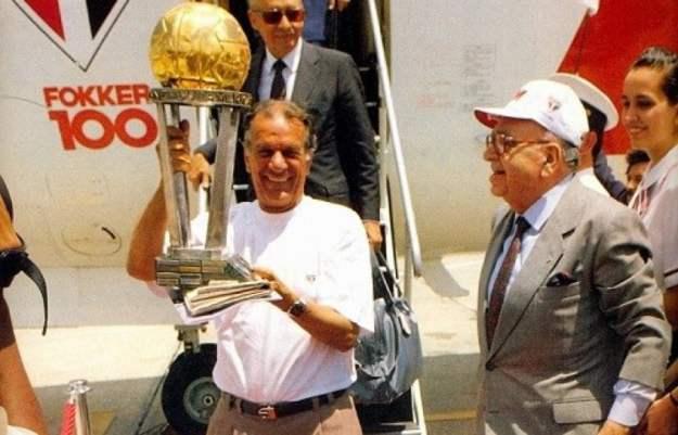 Telê Santana era o técnico do São Paulo e conquistava o mundo