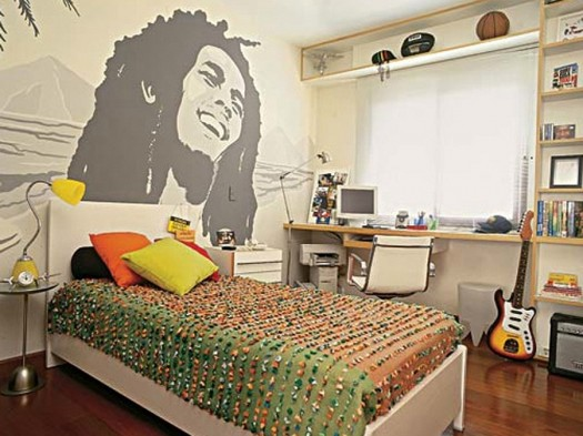 teen-bedroom-with-bob-marley-poster-on-the-wall