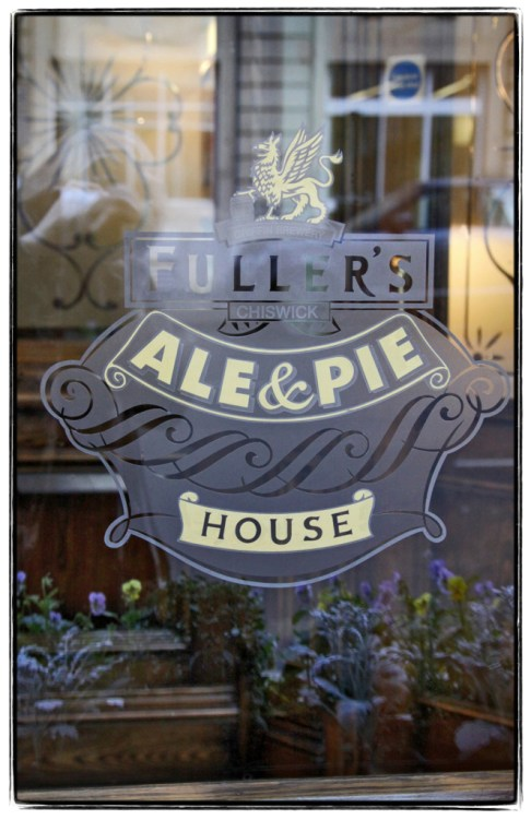 Window sign at Fullers, restaurant for Sanctuary House Hotel - Sign for Fullers and Sanctuary House -  Image (c) Lancia E. Smith - www.lanciaesmith.com