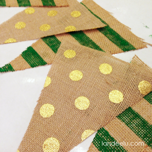 How To Paint A Burlap Banner Tutorial