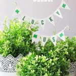Darling Mini St Patrick's Day Banner! Free printable and oh-so-cute! #stpatricksday #stpatricksdaycraft #stpatricksdayprintable #stpatricksdaybanner #freeprintable