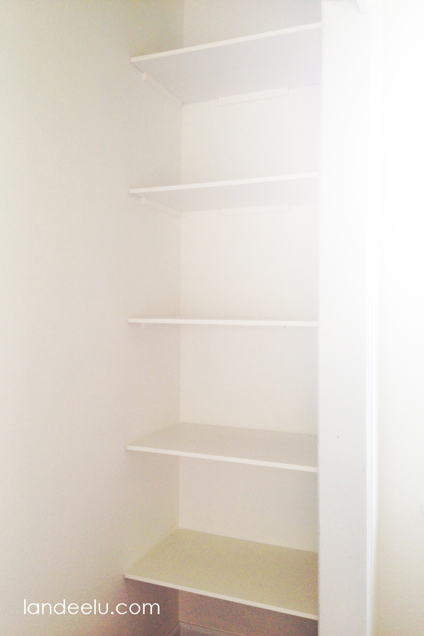 Closet Makeover: Easily Add Shelving to Dead Space in Closet!