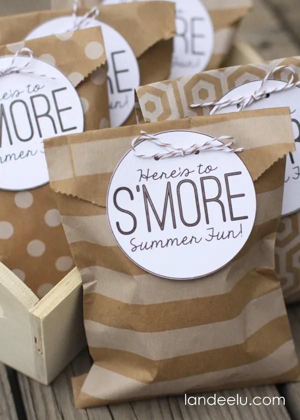 S'mores Summer Party Bag Idea {landeelu.com} #smores
