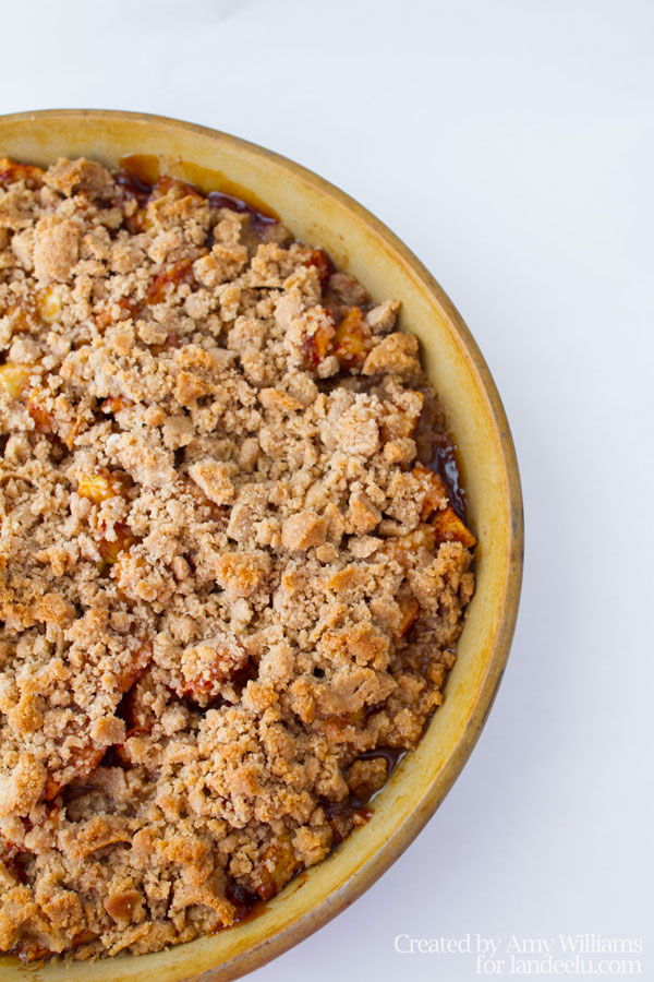 Delicious-Classic-Apple-Crisp