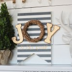 DIY Painted Christmas Sign
