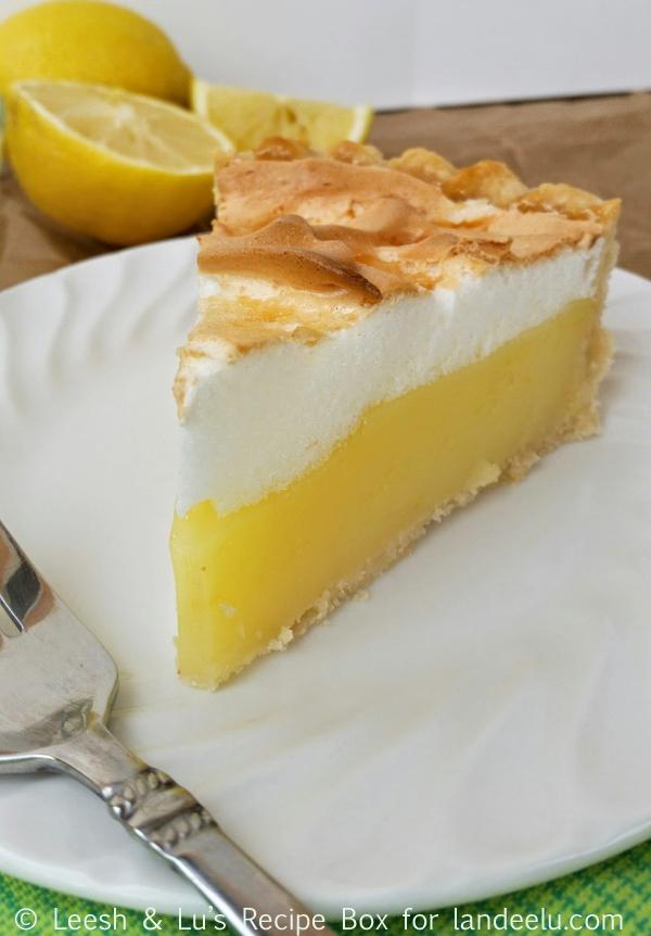 The classic lemon meringue pie you are looking for! Easy and delicious! #dessert #pie #lemonmeringuepie