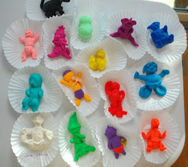 play dough babies via every pot and pan