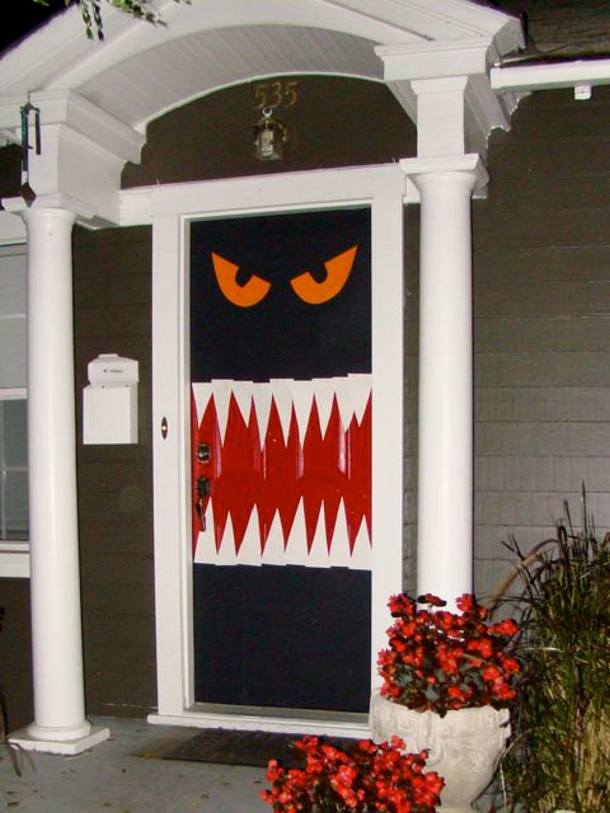 Enter if you DARE under $4 easy scary door via Home Jelly